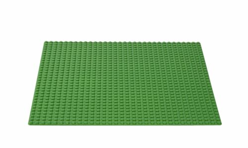 LEGO Classic - Base Plate Green - 25cm Square - 32 x 32 knobs - 10700