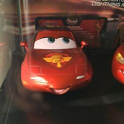 Disney Cars 2-Limited Edition 1/5000 Lightning Mcqueen-Mia & Tia 1/18th Scale