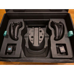 Kyпить 2 NEW Open Box Steam Valve Index VR Controllers Knuckles ????SHIPS IMMEDIATELY???? на еВаy.соm