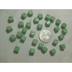 Kyпить 30 RARE GREEN GLASS DICE BEADS--NEVER USED-----1930,s------#15-------VINTAGE на еВаy.соm
