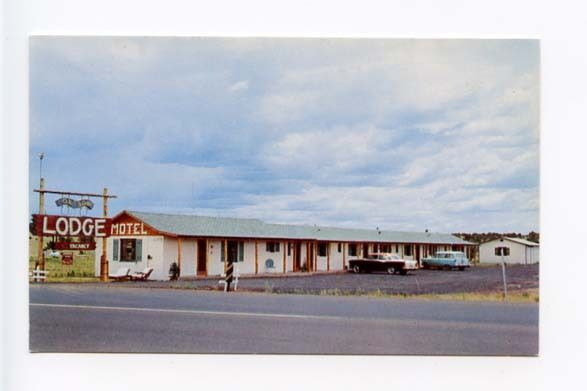 show low az motel old cars postcard ebay. Black Bedroom Furniture Sets. Home Design Ideas