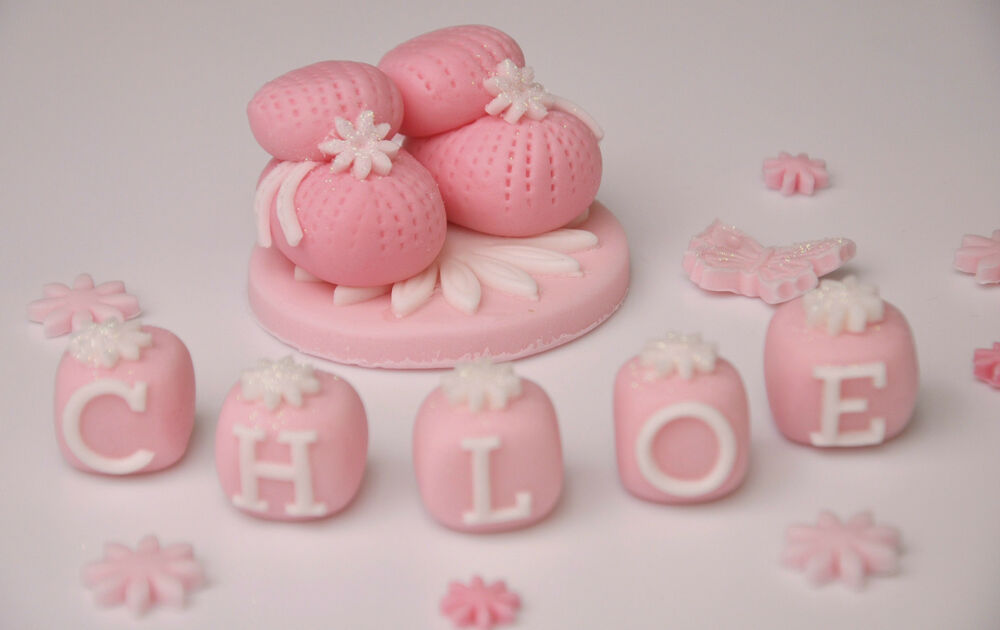 Cake Toppers For Baby Girl Christening : HANDMADE EDIBLE CHRISTENING BABY BOOTIES NAME CAKE TOPPER ...