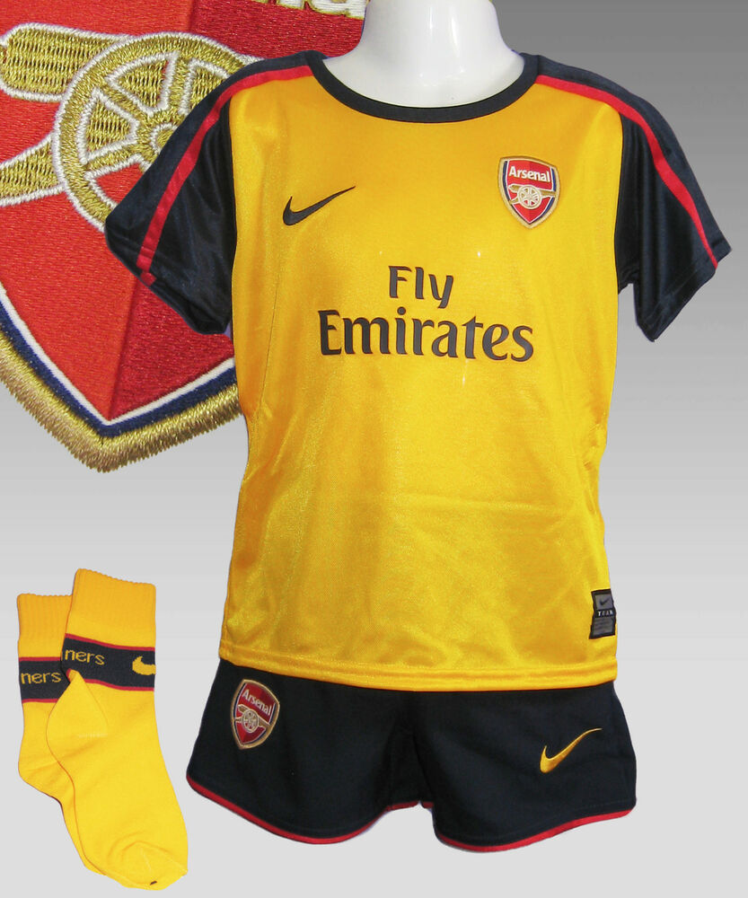 9fe3273bc Authentic Nike Boys ARSENAL Away Football Kit Age 3-6 months