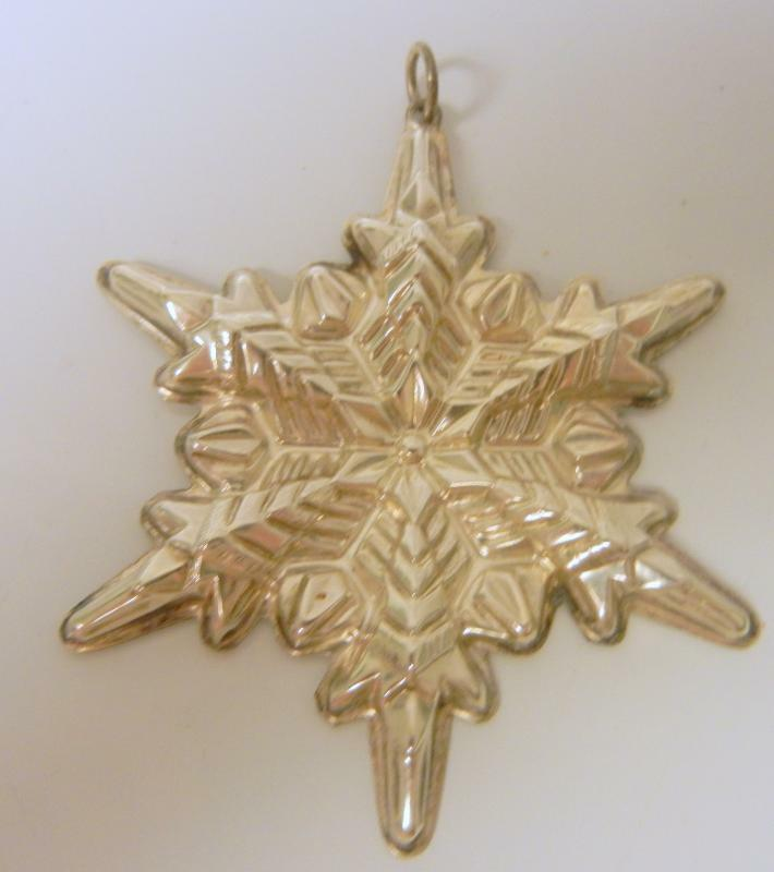 Gorham 1972 Sterling Silver Snowflake Christmas Ornament