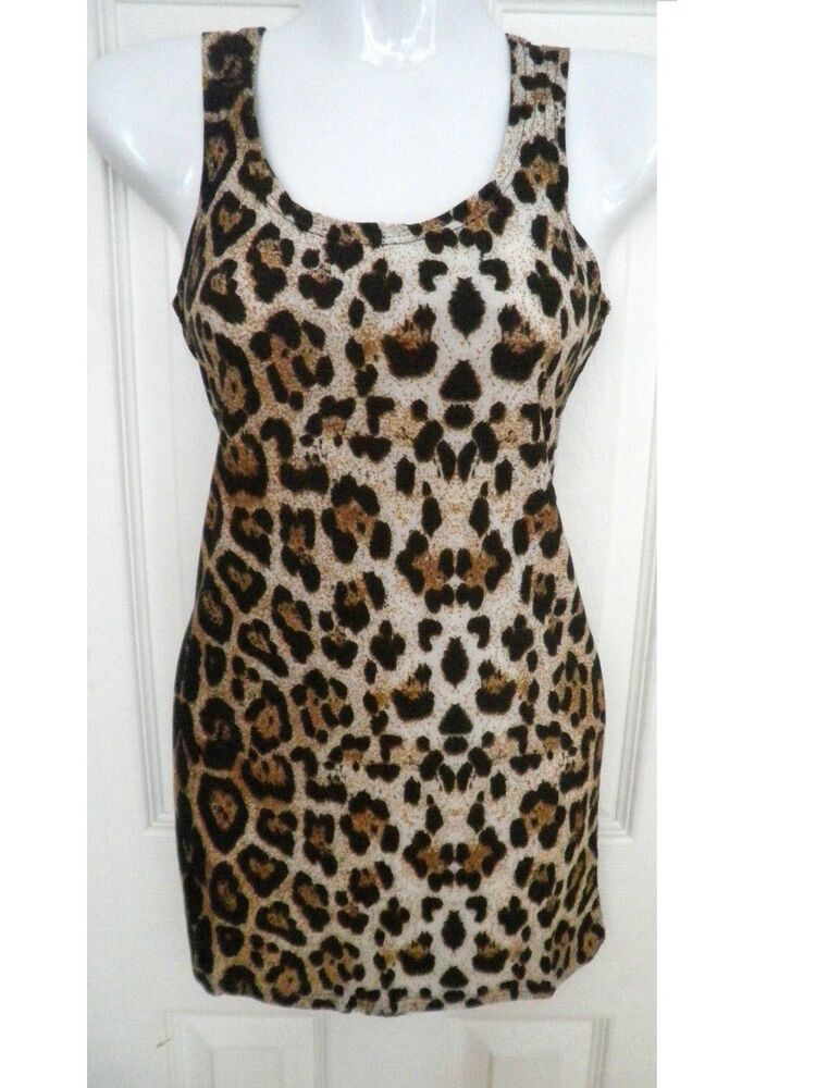 Joie Alicia Silk Caviar Leopard Print Tank in size medium. Only worn once, perfect condition. tank features a single chest pocket, ribbed trim, a racer-back and rounded hem.