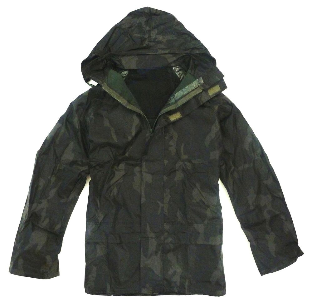 Mens waterproof windproof jacket gents green camo hunters for Waterproof fishing jacket