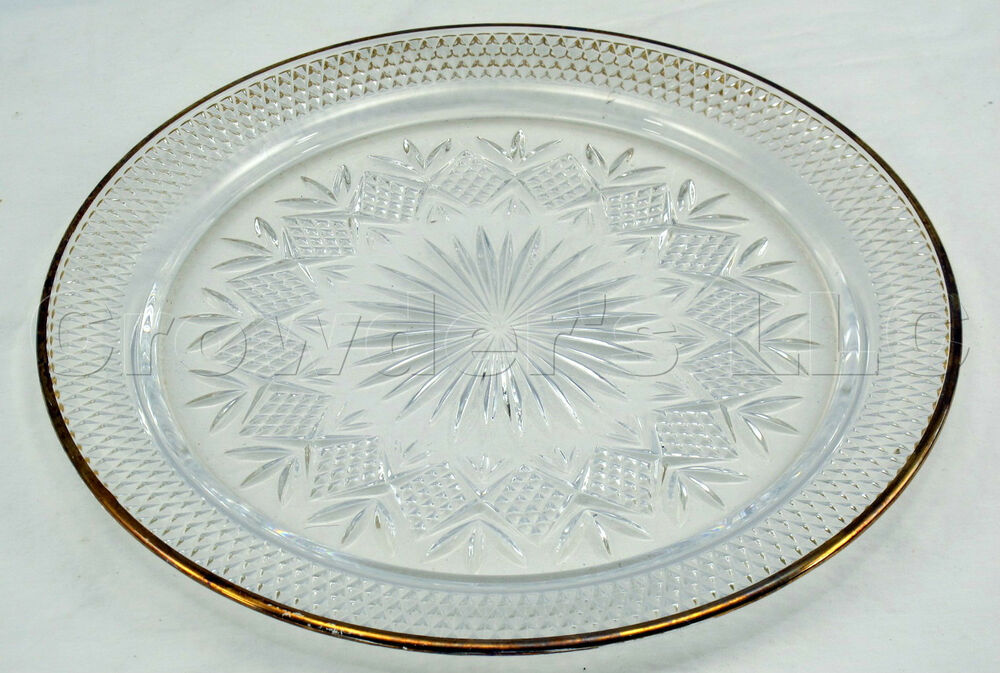 12 Inch Carved Glass Hobnail Crystal Clear Decorative Cake