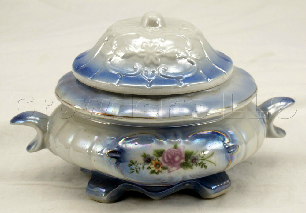 Decorative Glass Bowl With Lid