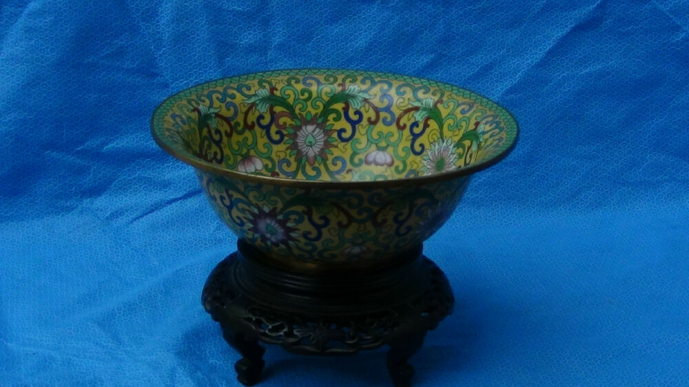 Antique chinese cloisonne lotus bowl on curved abony wood for Cloison stand