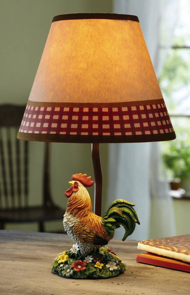 Primitive Country Style Table Lamp With Country Rooster