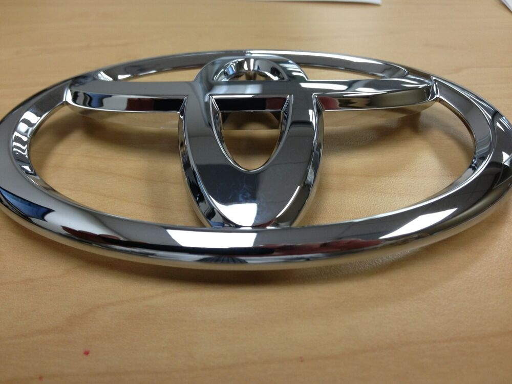 toyota avalon 2005 2006 2007 front grille emblem factory oem 75311ac020 ebay. Black Bedroom Furniture Sets. Home Design Ideas