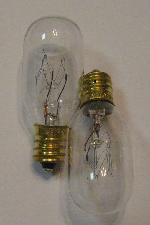 2 new 15 watt replacement light bulbs for scentsy plug in. Black Bedroom Furniture Sets. Home Design Ideas