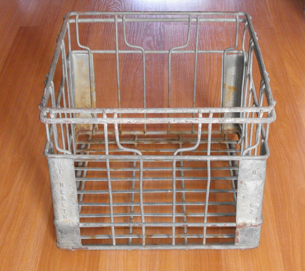 Old vtg industrial hd metal original hi health crate dairy for Metal shipping crate