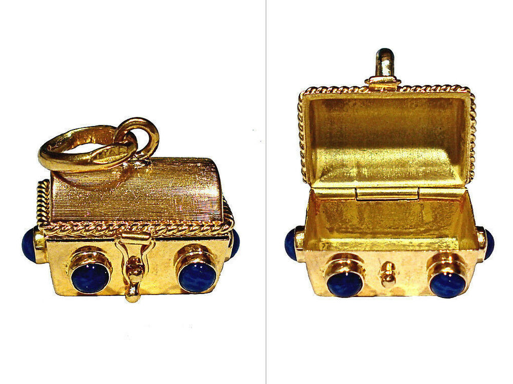 vintage solid 18k gold 3 d jewelled treasure chest charm