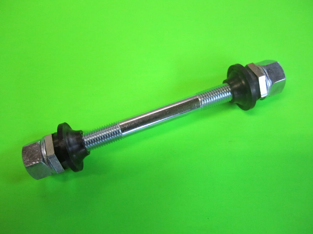 Spindle Axle With Bearing : Vintage wheel hub axle spindle shaft bearing races