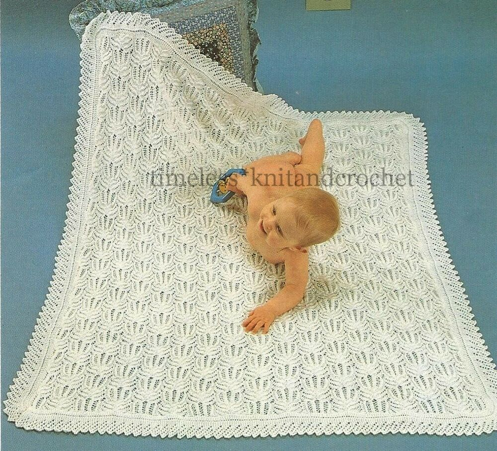 VINTAGE KNITTING PATTERN FOR GORGEOUS BABY / BABYS SHAWL / BLANKET - 4PL...