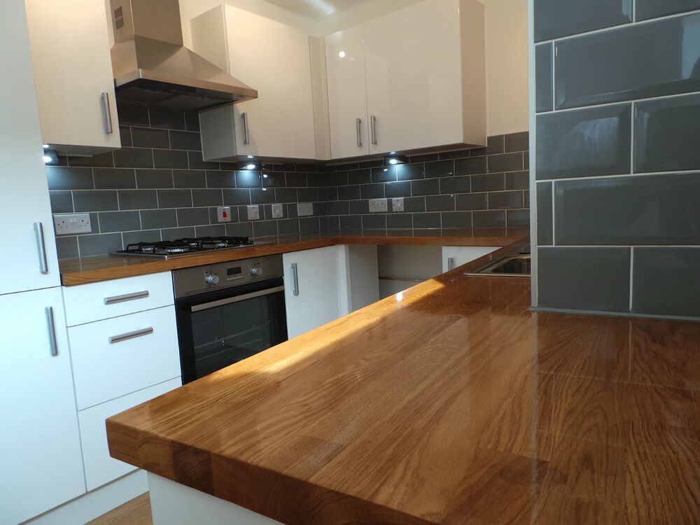 Prime Solid Oak Worktop, 40mm staves, Solid Prime Grade