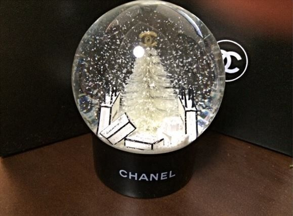 Chanel Snow Globe Dome 2013 Christmas Gift Limited Vip