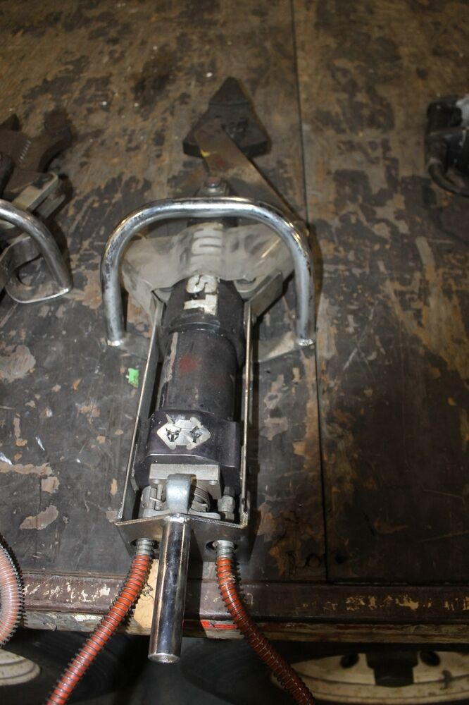 Hydraulic Spreader Jaws Of Life : Hale hurst jaws of life hydraulic combi combination tool