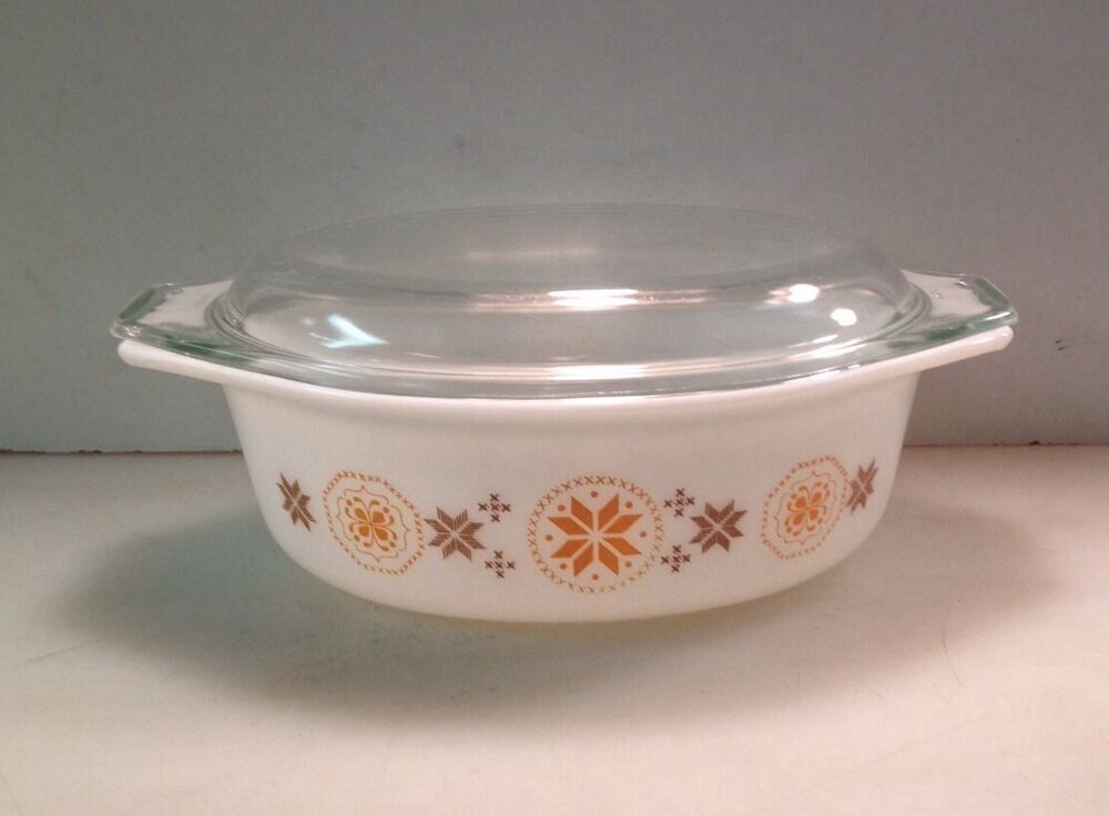 vintage pyrex town country 1 1 2 quart baking dish 043 with lid 2 ebay. Black Bedroom Furniture Sets. Home Design Ideas