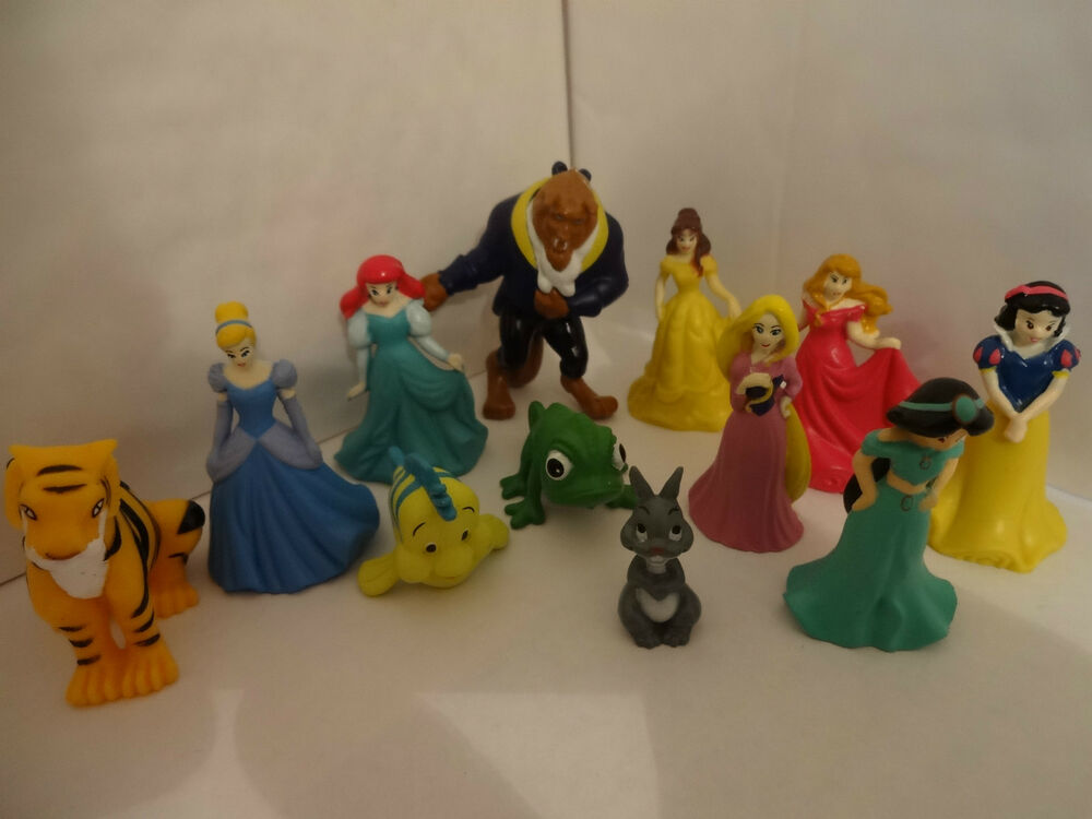 DISNEY PRINCESS CAKE TOPPERS 12 PLASTIC FIGURES & FREE ...
