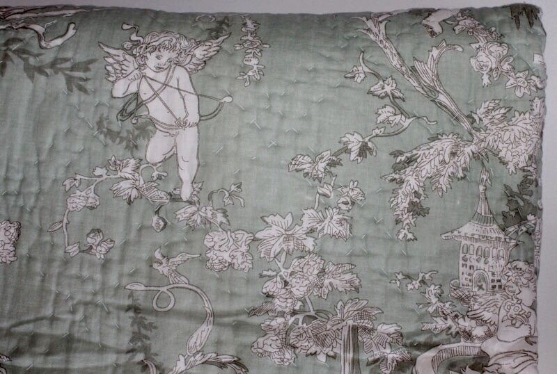 French toile shabby chic throw quilt rug blanket cherubs for Toile shabby chic