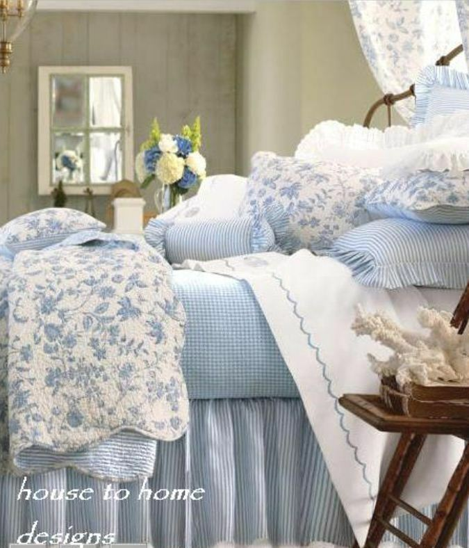 Brighton Blue Full Queen Quilt Set White French Toile