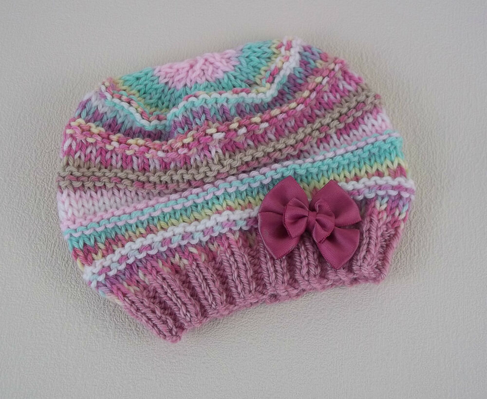 Knitted Daisy Flower Pattern : Baby Knitting Pattern 56 TO KNIT Beginners Baby Beanie Hat in Four Sizes - Ea...