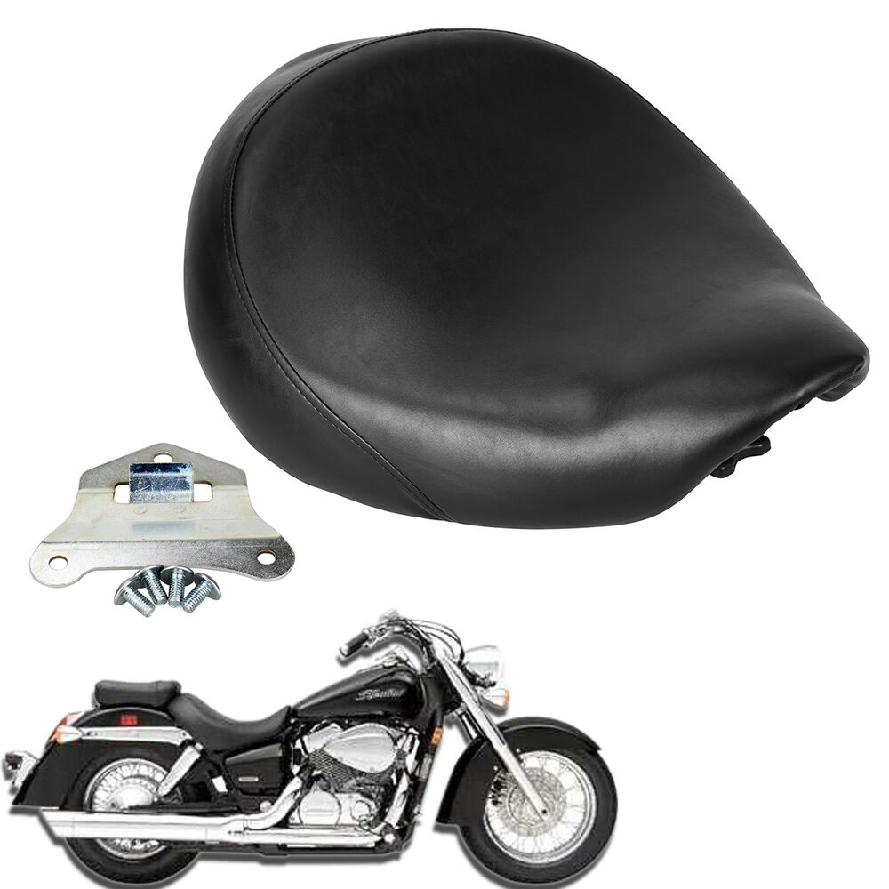how to take the seat off a honda shadow 750