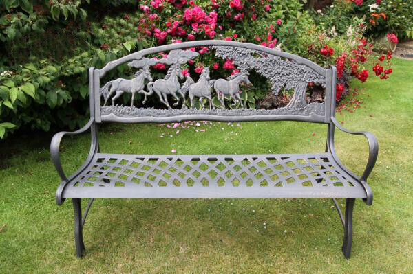 Solid Cast Iron Horse Bench Garden Furniture Metal Bench