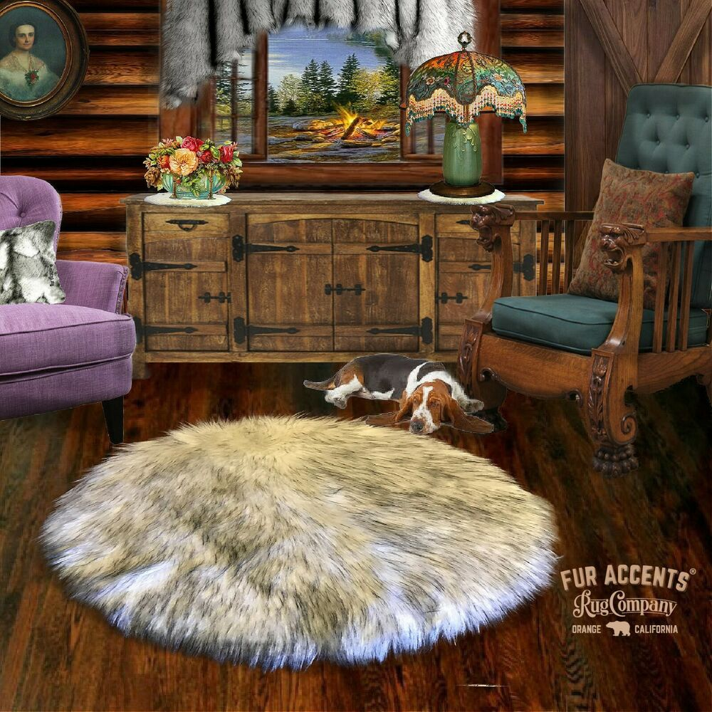 FUR ACCENTS Russian Wolf Faux Fur Round Area Rug White