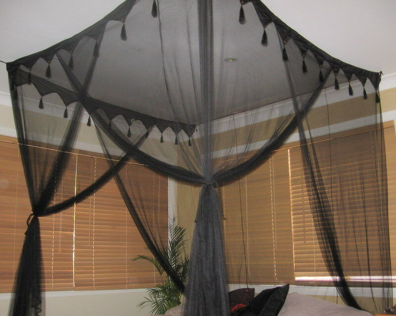 Dreamma  Poster Bed Canopy Mosquito Net Queen King Size
