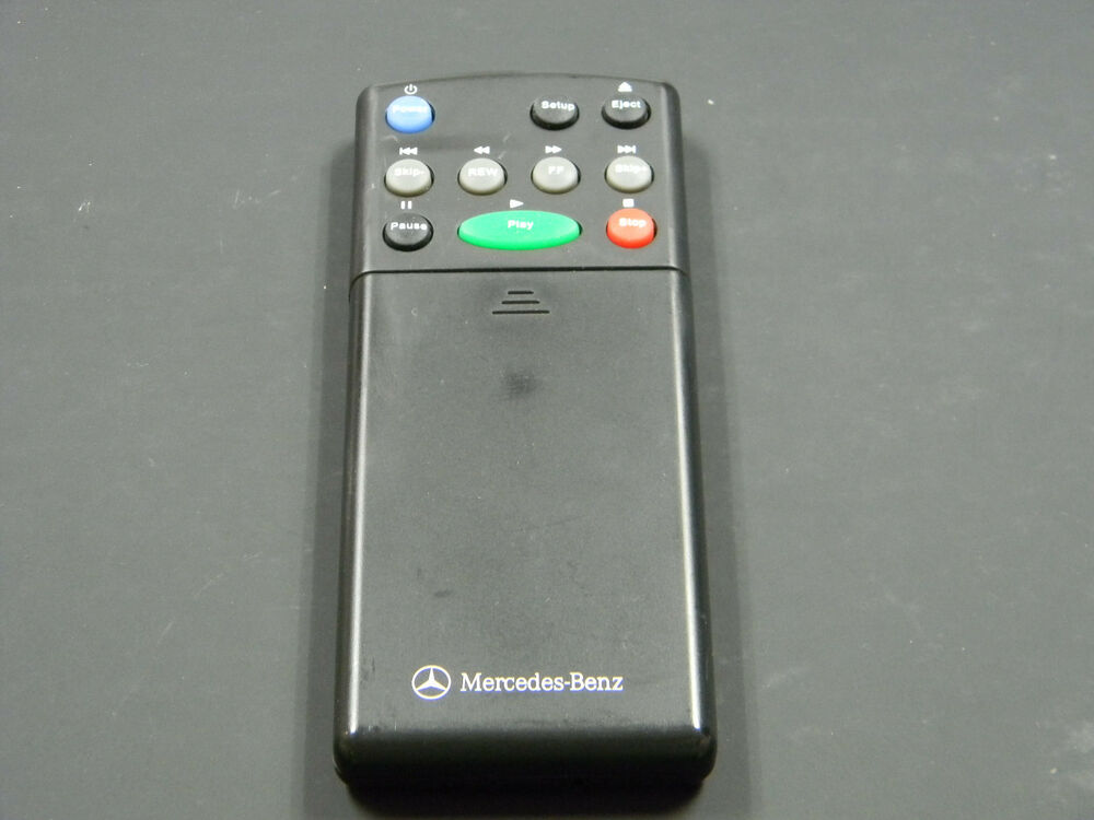 mercedes benz r class dvd rear entertainment remote control rear seat b67826629 ebay. Black Bedroom Furniture Sets. Home Design Ideas