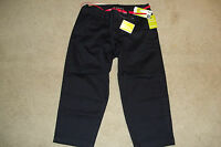 LEE WOMENS BLACK NATURAL FIT CAPRI WITH RED BELT NWT