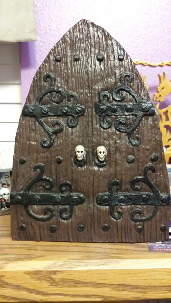 Large fairy door troll door ogre door doorway to middle for Large gnome doors