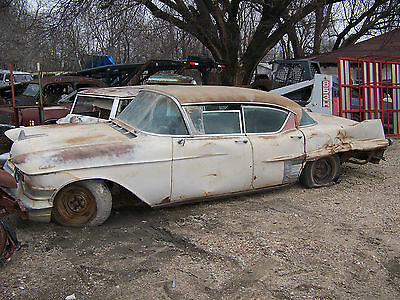 57 1957  Cadillac interior hot rat street rod fleetwood deville 4dr hardtop