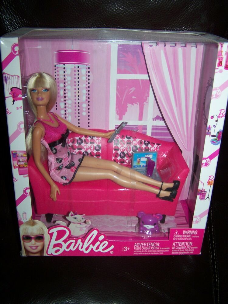 Barbie Doll Pink Glam Sofa Couch Doll Included 2007