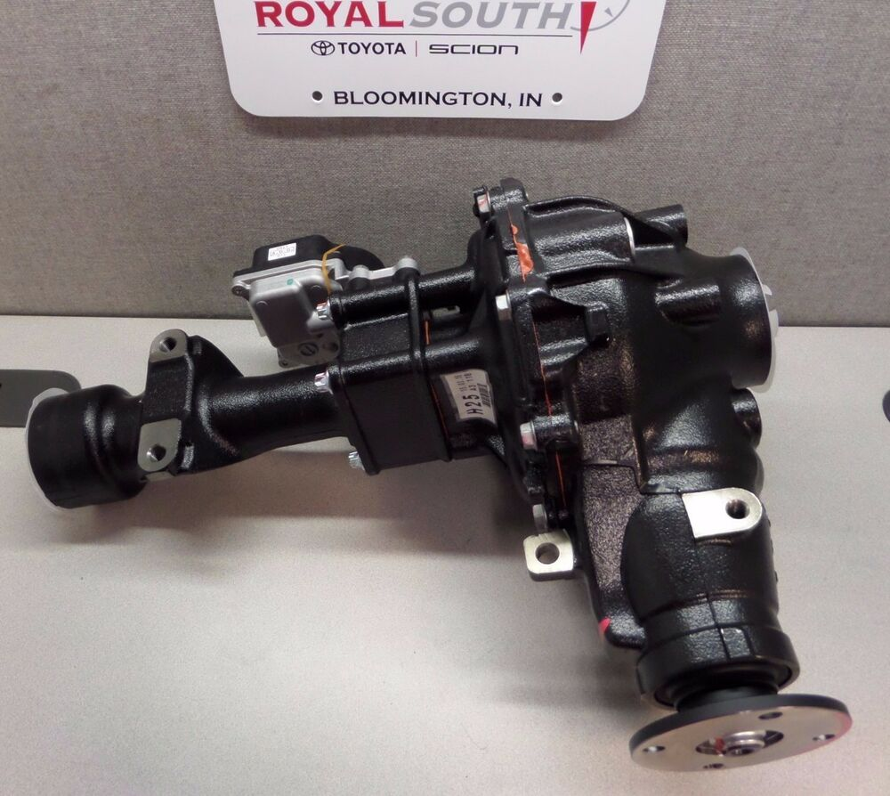 Toyota tacoma front differential ebay toyota tacoma fj cruiser front differential diff fgr 4111 3727 genuine oem pooptronica Choice Image