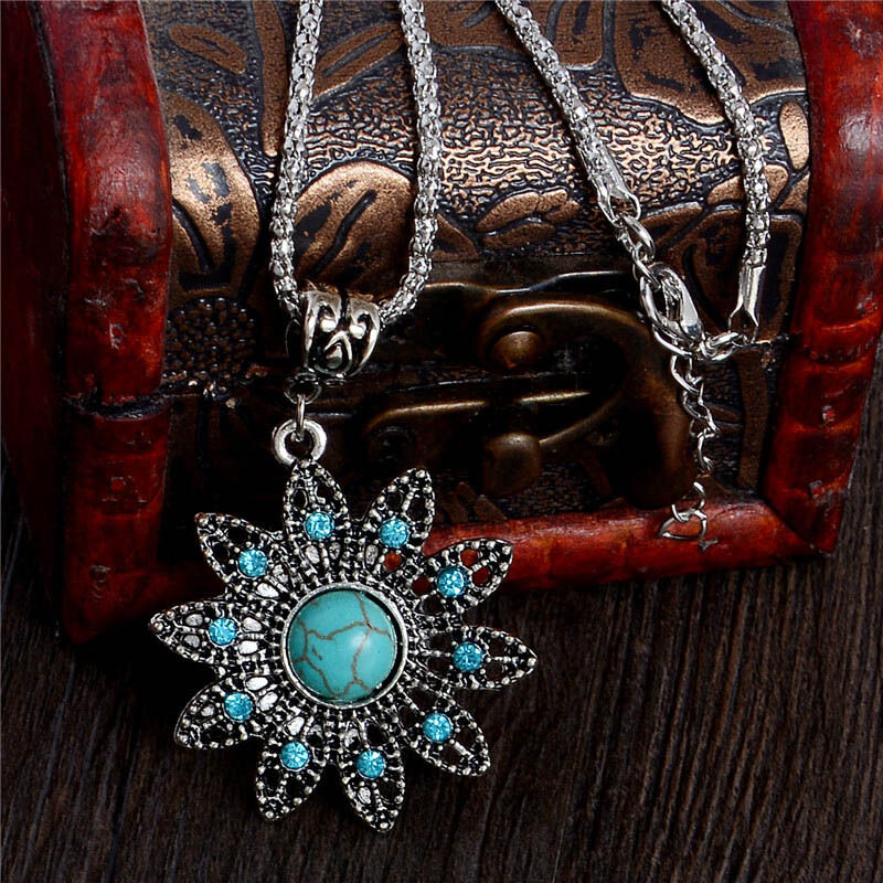 Woman Vintage Fashion Turquoise Crystal Flower Pendant ...