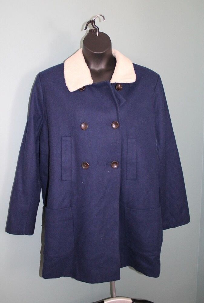 Ladies oasis navy blue pea coat uk L Brand - oasis Size L suit BNWTags Dark navy RRP £85 at time of purchase / never wore Fully lined Front pockets Ideal as a gift for someone or treat your self Ready to wear I'm happy to post out at a cost of £ sent SCR sorry 😐 .
