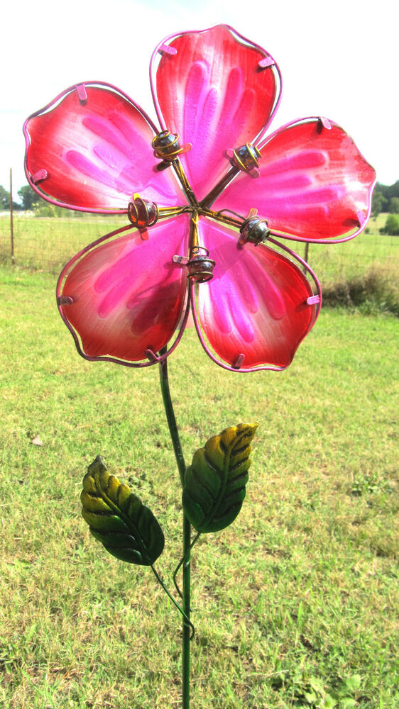 Flower yard stake red hibiscus lawn garden decor metal for Flower garden ornaments
