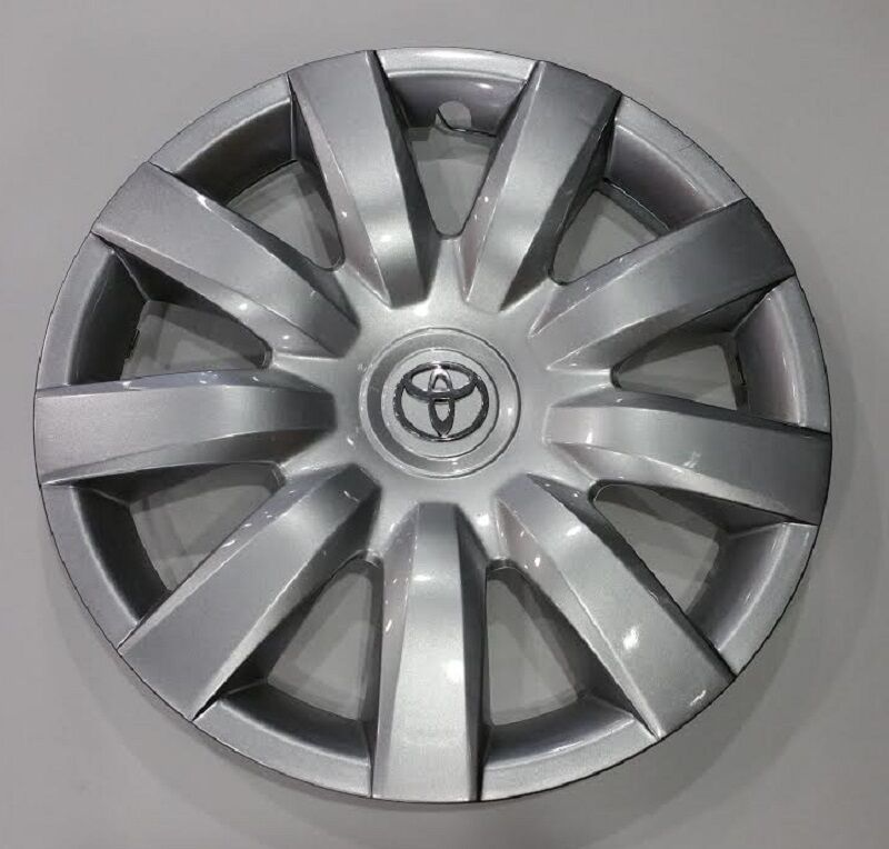toyota camry le 2006 hubcaps 2004 2005 2006 toyota camry hubcap wheelcover new am ebay toyota. Black Bedroom Furniture Sets. Home Design Ideas