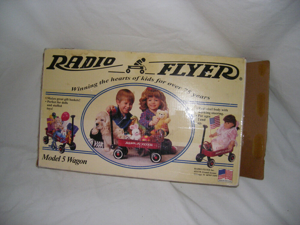 vintage radio flyer small toy wagon model 5 boxed never. Black Bedroom Furniture Sets. Home Design Ideas