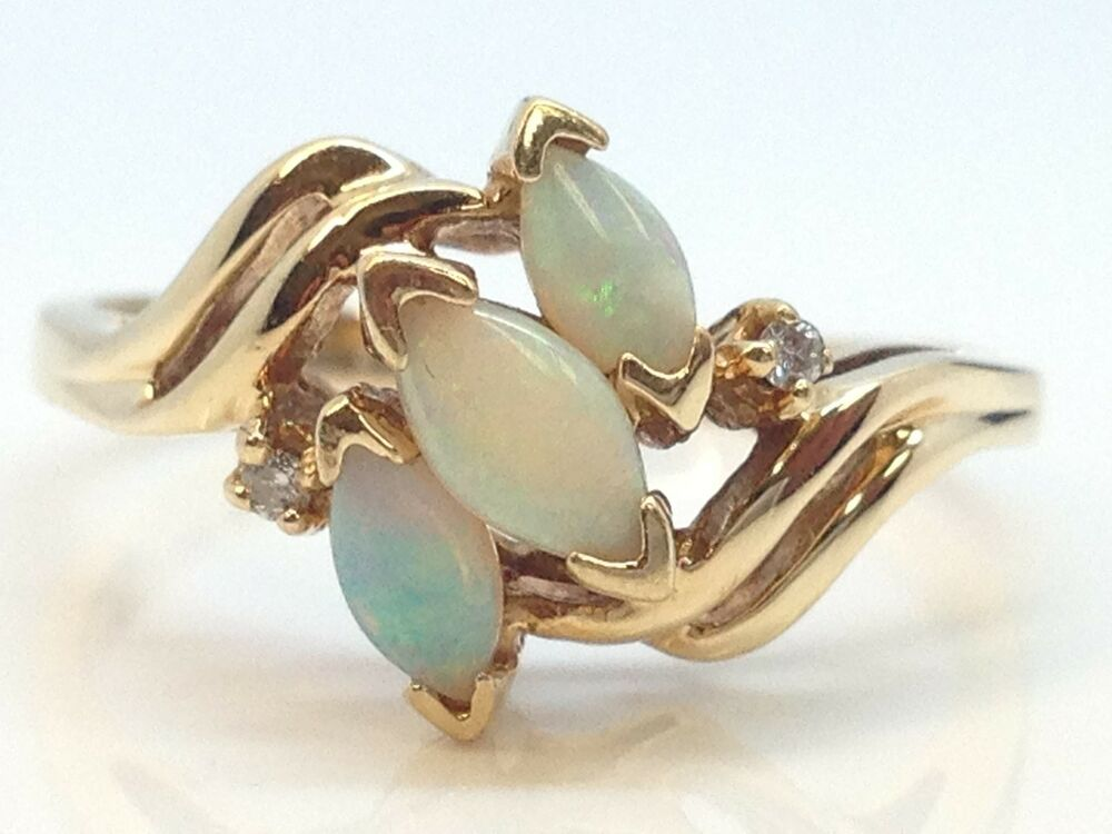 14k yellow gold opal ladies ring with genuine diamond accent ebay. Black Bedroom Furniture Sets. Home Design Ideas
