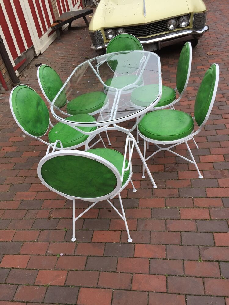 vintage lime lollipop green vinyl white metal 1960s patio set table 6 chairs ebay. Black Bedroom Furniture Sets. Home Design Ideas