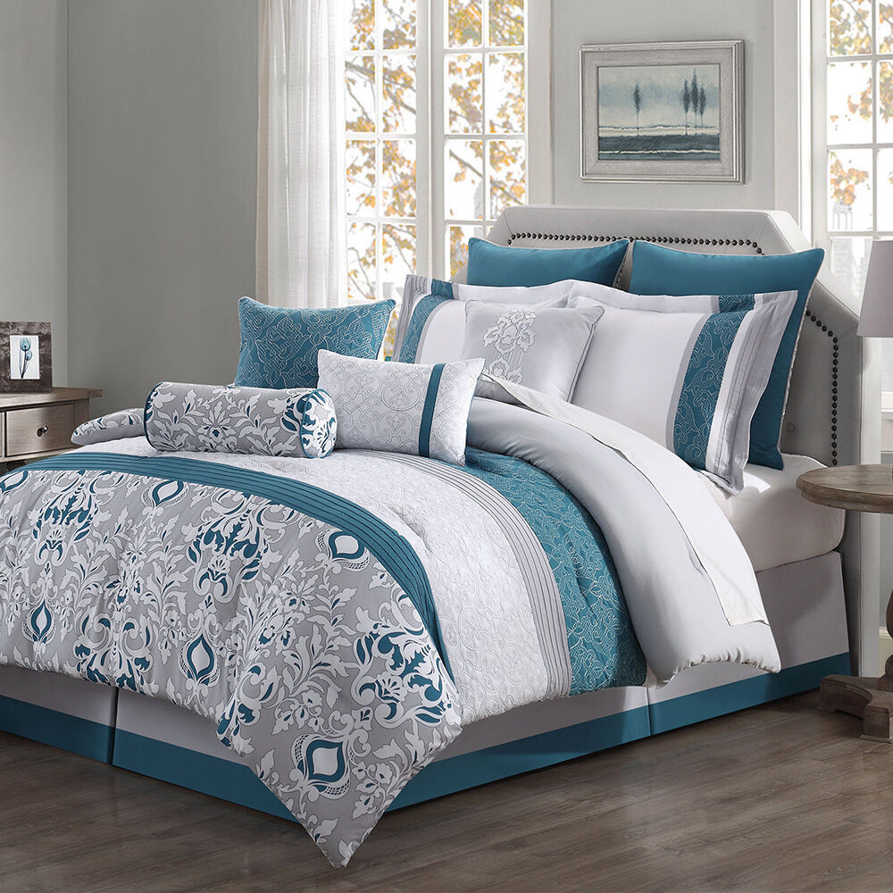 Bedding Decor: Chloe 10-piece Reversible Comforter Set