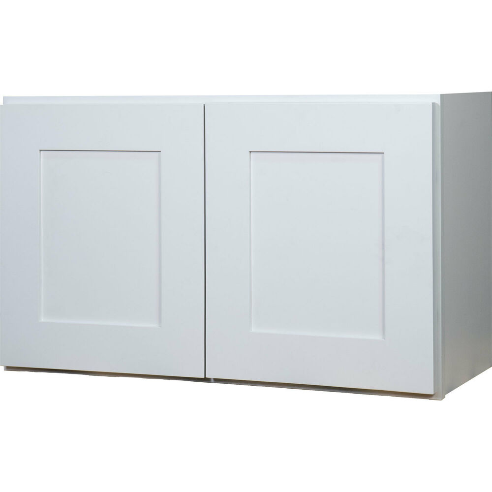 Everyday cabinets 36 inch white shaker double door bridge for Double kitchen cabinets