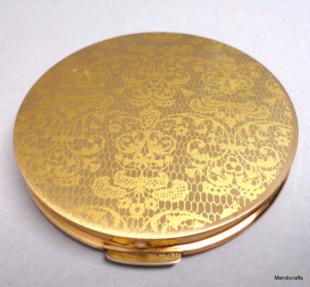 Stratton Face Powder Compact 1960s Golden Lace Printed Lid