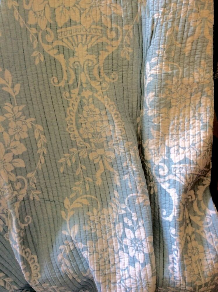 French Country Toile Throw Quilt Rug Blanket Large Blue