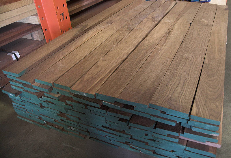 20 Board Feet Kiln Dried 4 4 Black Walnut Lumber Wood Ebay